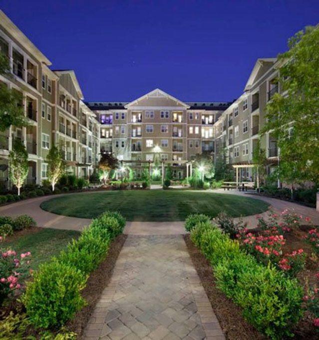 Northlake Apartments