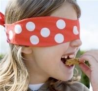 Blindfold-gourmet_2851097b.jpg