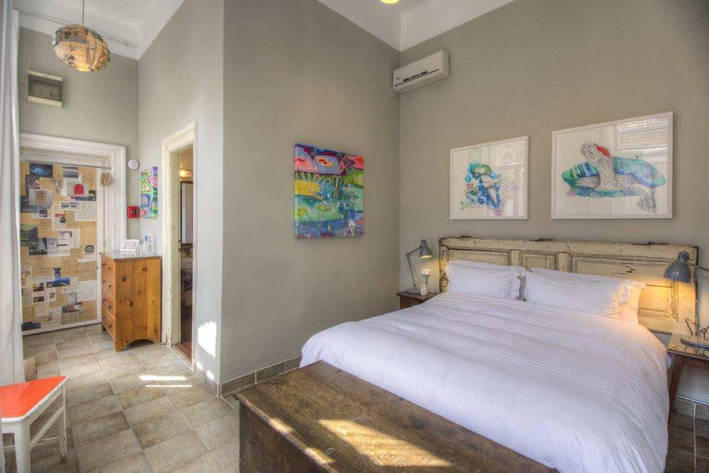 Judit_bedroom.jpg