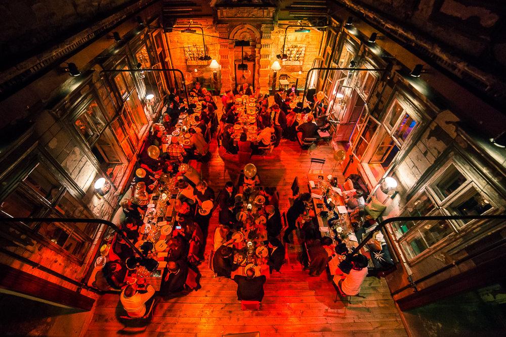 courtyard dining2.JPG