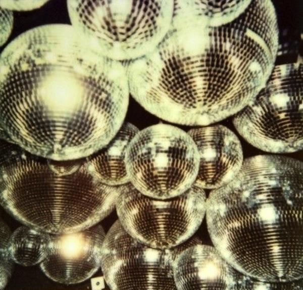 gold balls.png