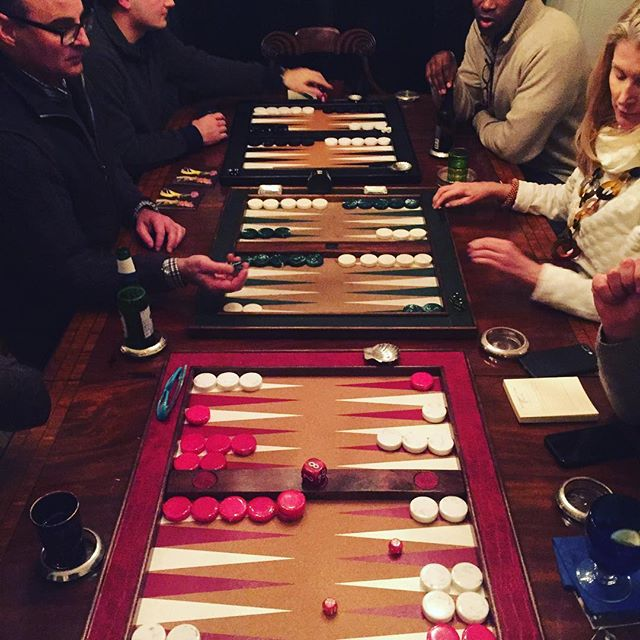 Snow Day Backgammon! 🎲❄️