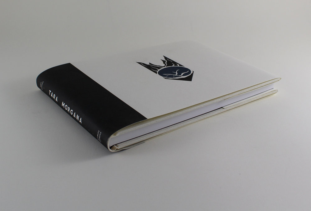 The standard edition with the Blue She-wolf motif on dustjacket.