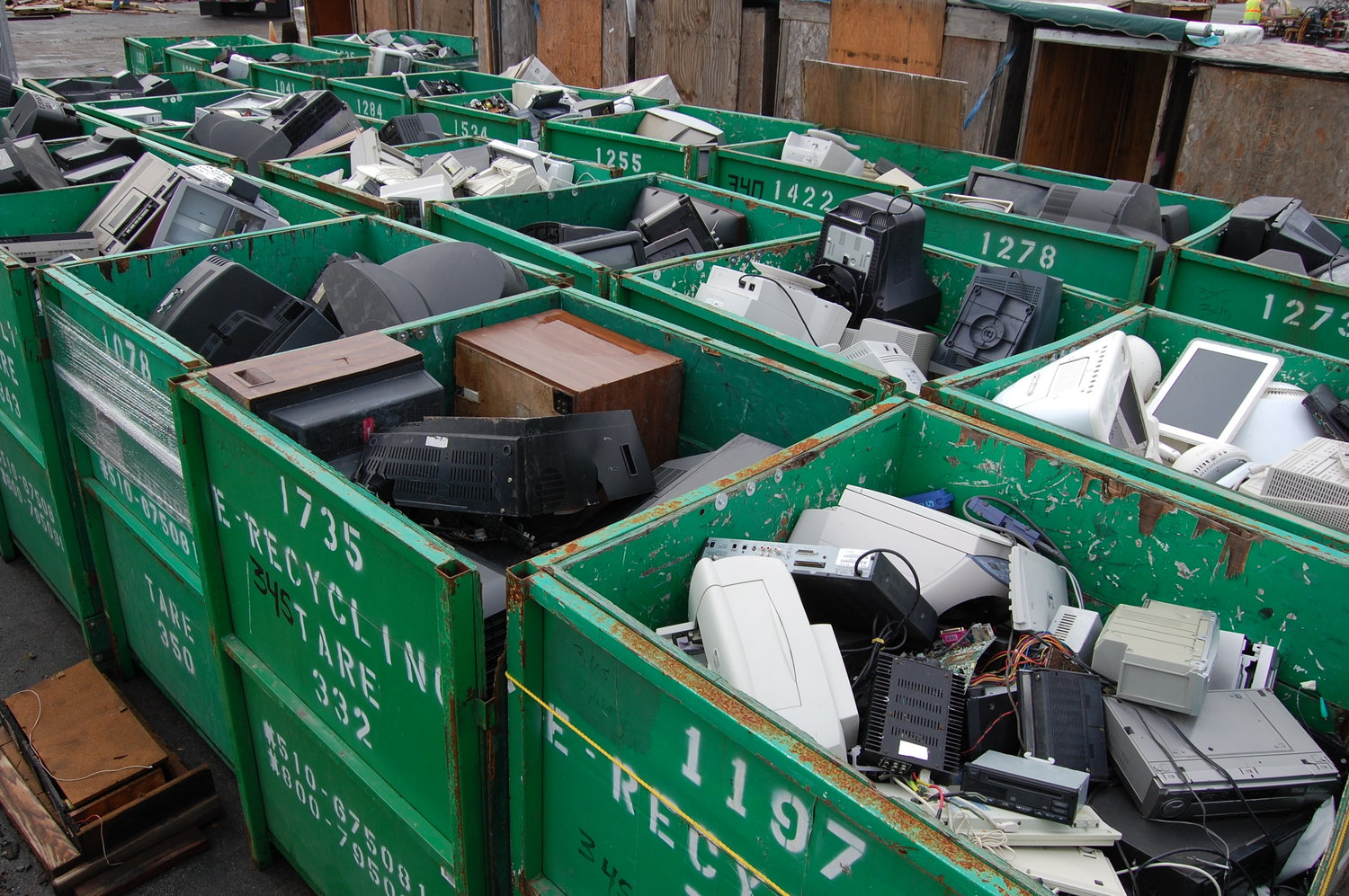 Moving out? Cleaning up? Dispose of your hard-to-recycle