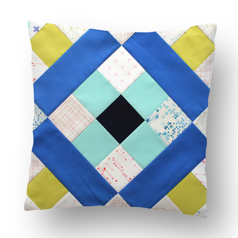 Free quilt along Blockheads 2018, Block 4: Roman Cross Fabrics used in the block are from Moda BELLA SOLIDS and Zen Chic COLORBOX