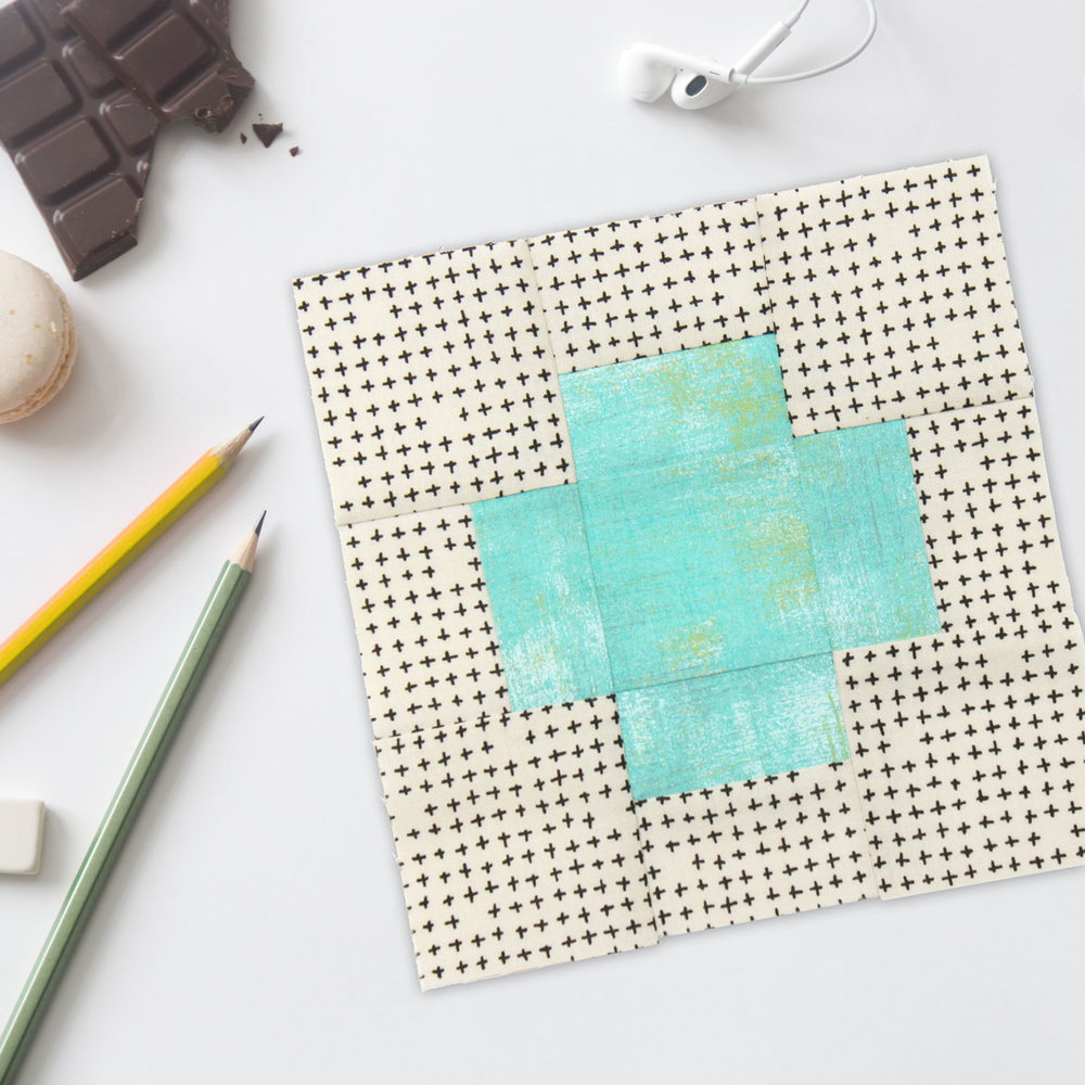 Free quilt along Blockheads 2018, Block 9: With a Plus Fabrics used in the block are from Moda,Basic Grey GRUNGE and Zen Chic MORE PAPER