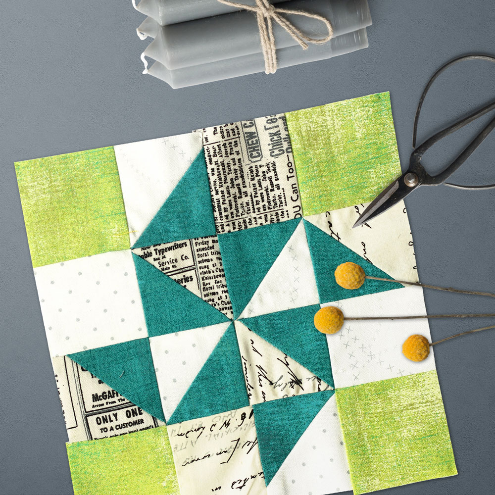 Free quilt along Blockheads 2018, Block 32: X Quartet Fabrics used in the block are from Moda, Basic Grey GRUNGE and Zen Chic PAPER