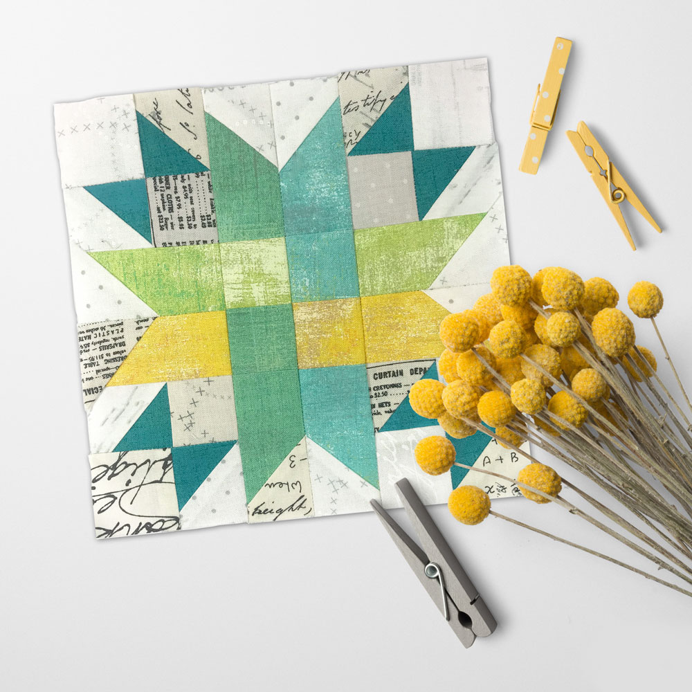 Free quilt along Blockheads 2018, Block 40: Ribbon Star Fabrics used in the block are from Moda, Basic Grey GRUNGE and Zen Chic PAPER