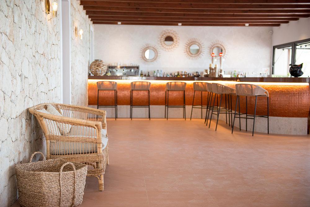 aiyanna-ibiza-restaurant-beachclub-06.jpg