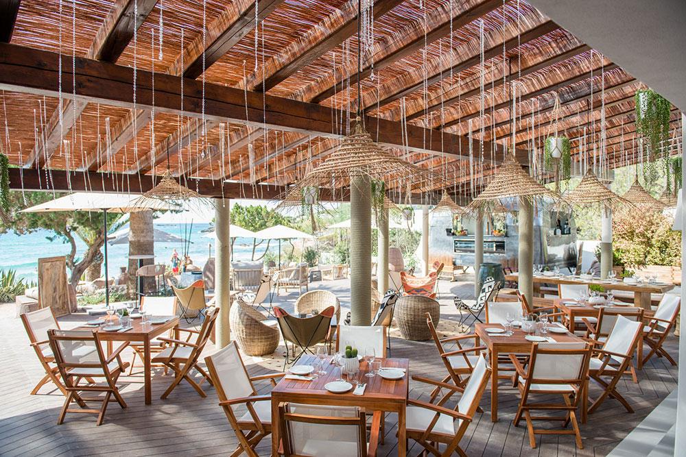 aiyanna-ibiza-restaurant-beachclub-08.jpg
