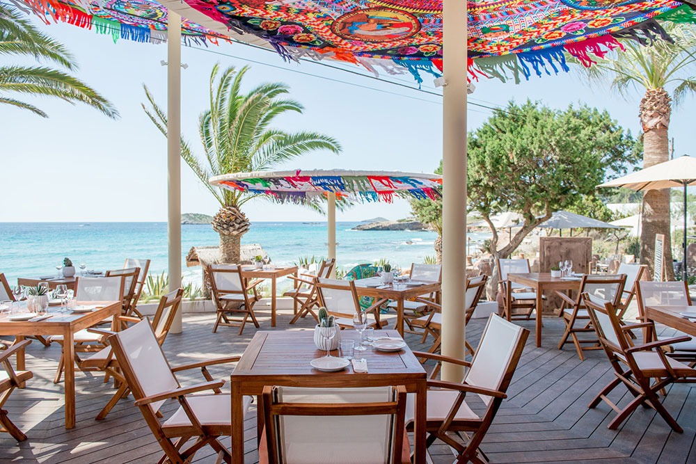 aiyanna-ibiza-restaurant-beachclub-18.jpg