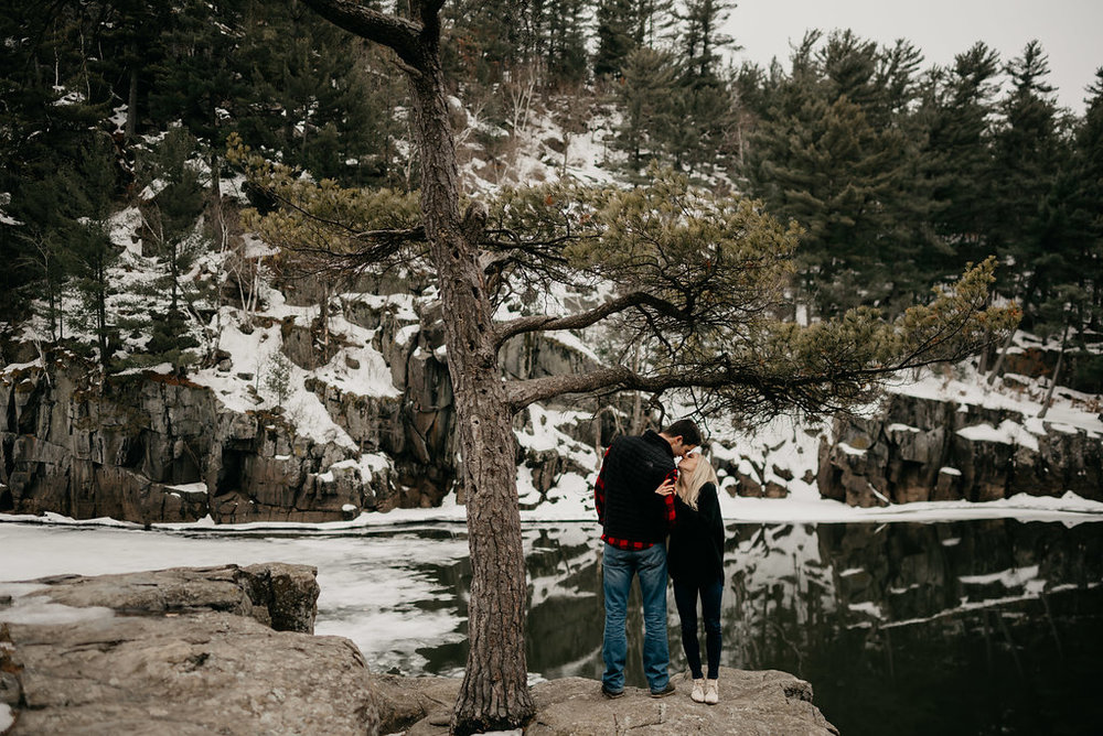 Taylors Falls Engagement Session / Taylors Falls Engagement Photos / Taylors Falls Engagement Pictures