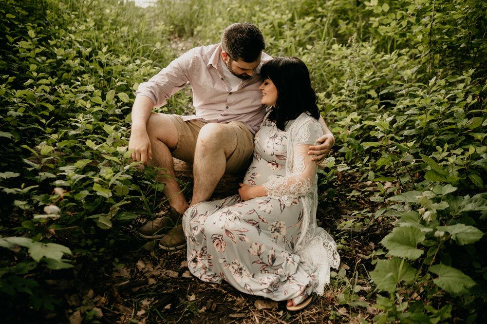 Minneapolis Maternity and Newborn Photographer