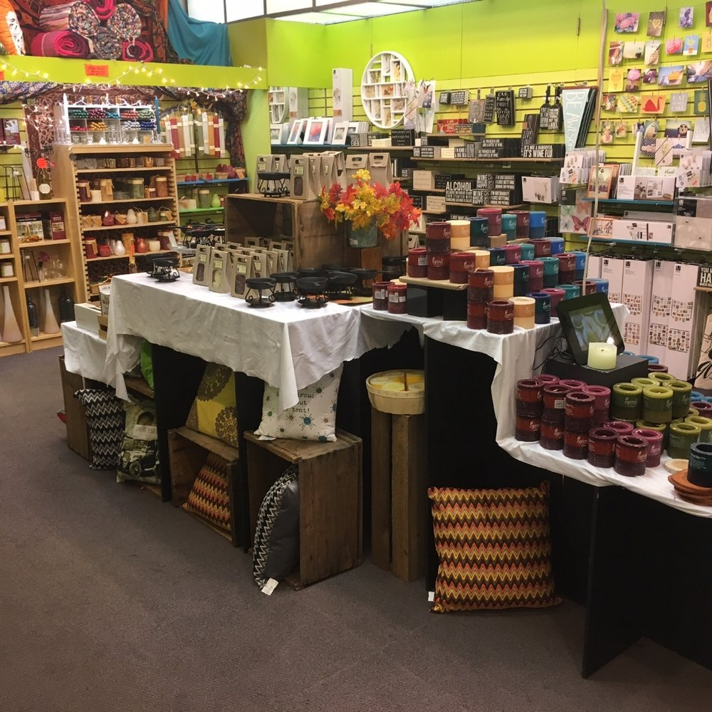 fall candle display.JPG