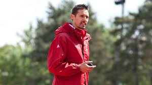 Thomas Chorny - MIAMI UNIVERSITY - DIRECTOR OF CROSS COUNTRY & TRACK AND FIELDhttp://www.miamiredhawks.com/sports/c-xctrack/mtt/tom_chorny_978766.html