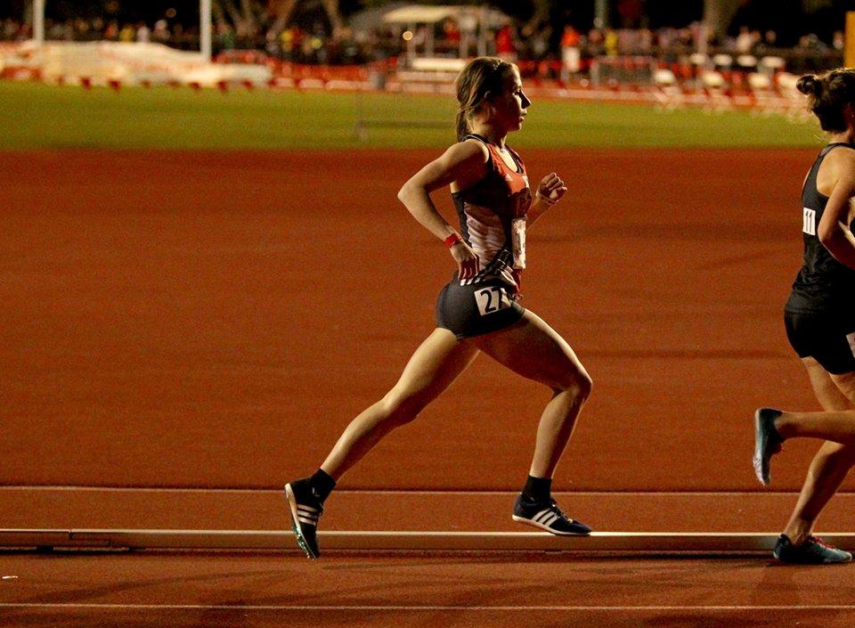 Kristen Busch - 33:46 - 10000m