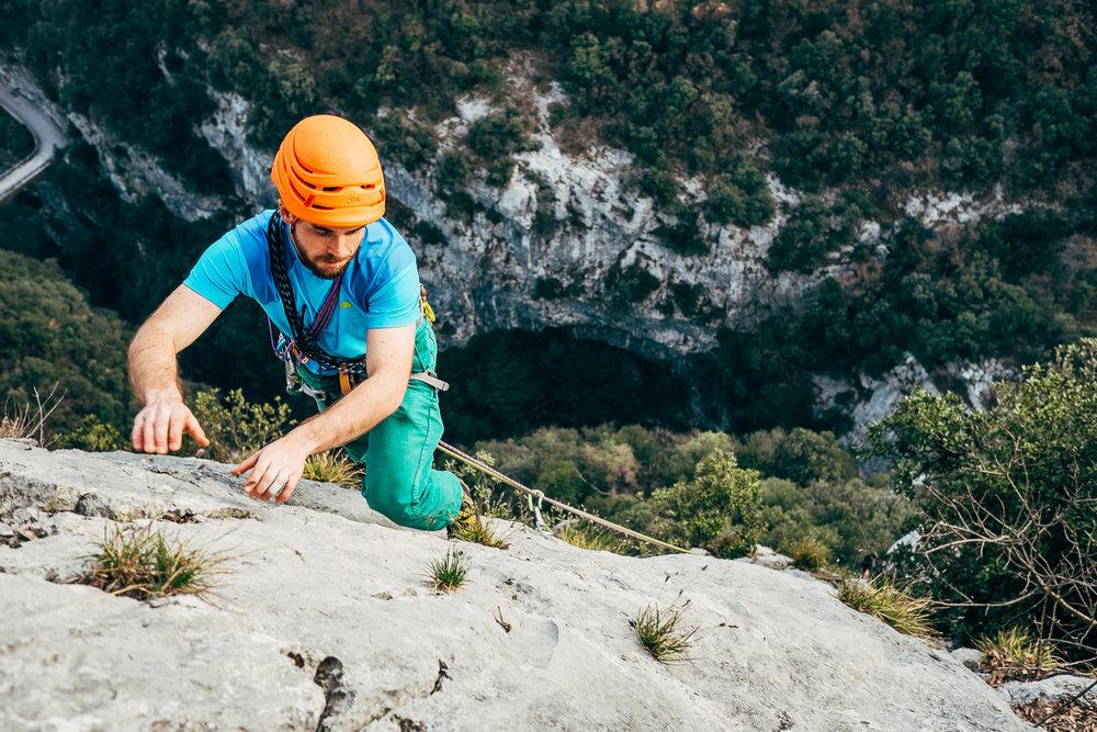 Simone Enei - Climbing 2