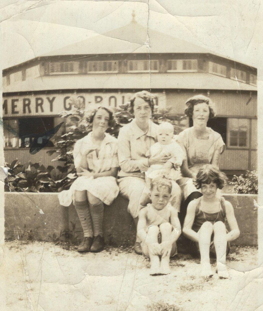 Smith family, Highland Beach, N.J. (c. 1920's)