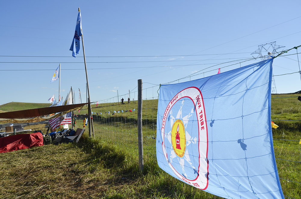 DAPL_Sept16_Construction-Site-Sioux-Flag_ASisk_web.jpg