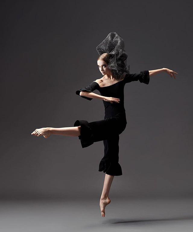 one week until yagp finals!! #tb #ballet #ballerina #pointe #contemporary #yagp #sophiabovet #picoftheday #worldwideballet #lifeoftheballerina #newyork 📸: @rachelnevillephoto