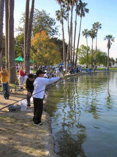 fish_kids2005.jpg