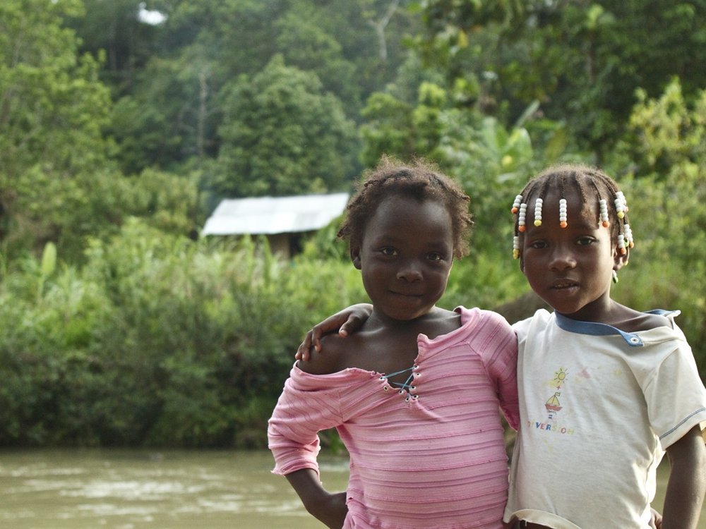 Friends from the mercury-free mining community of Tado, Chacó, Colombia