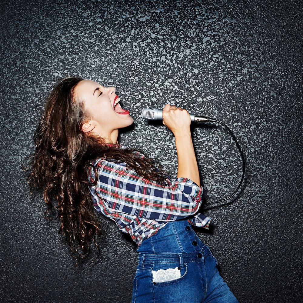 Vocalist Nicolette Holman