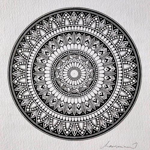 Original A4 Mandala 11 Macromicro Art