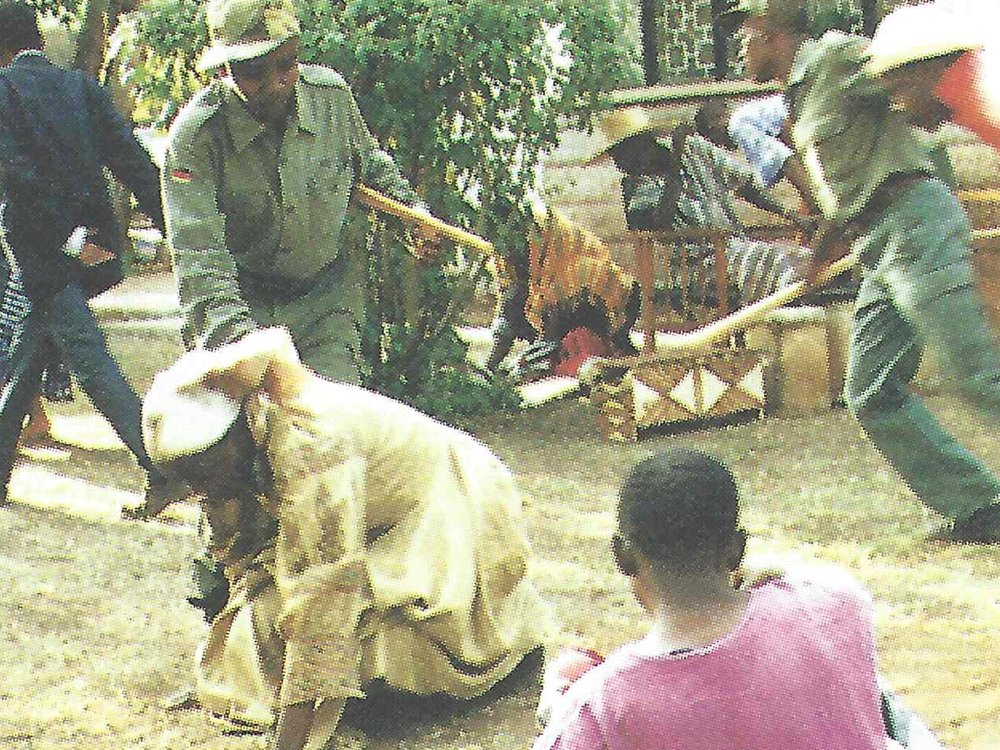 1997: A Kenyan grassroots theatre group performs stories of forced evictions and land struggles, as part of community mobilising efforts in informal settlements. Top right: Joseph Kimani, one of Muungano's early community mobilisers. Source: Amnesty International, via Joseph Kimani.