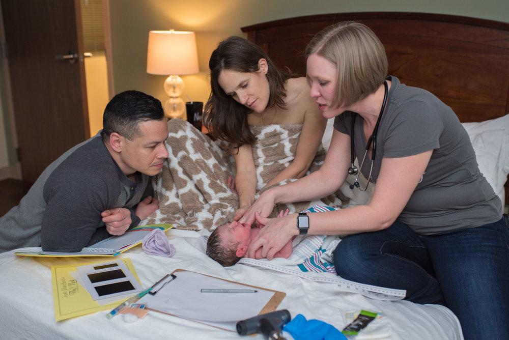 newborn-exam-birth-center-jacksonville-uf