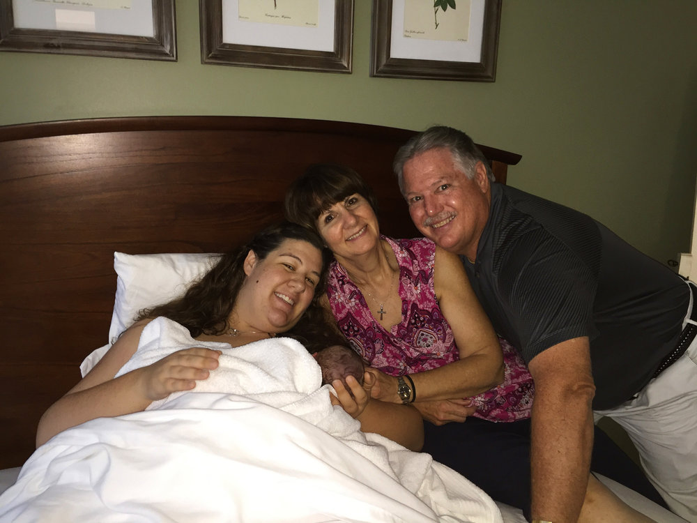 cell-phone-picture-family-after-birth