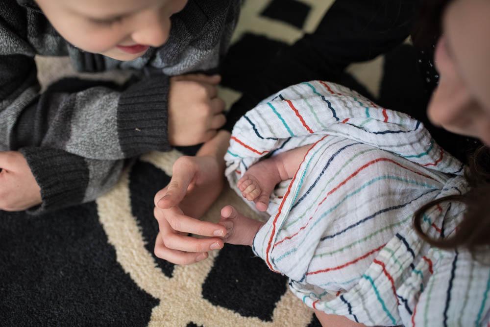 06-lifestyle-newborn-photographer-jacksonville.jpg