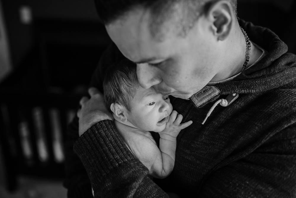 20-lifestyle-newborn-photographer-jacksonville.jpg