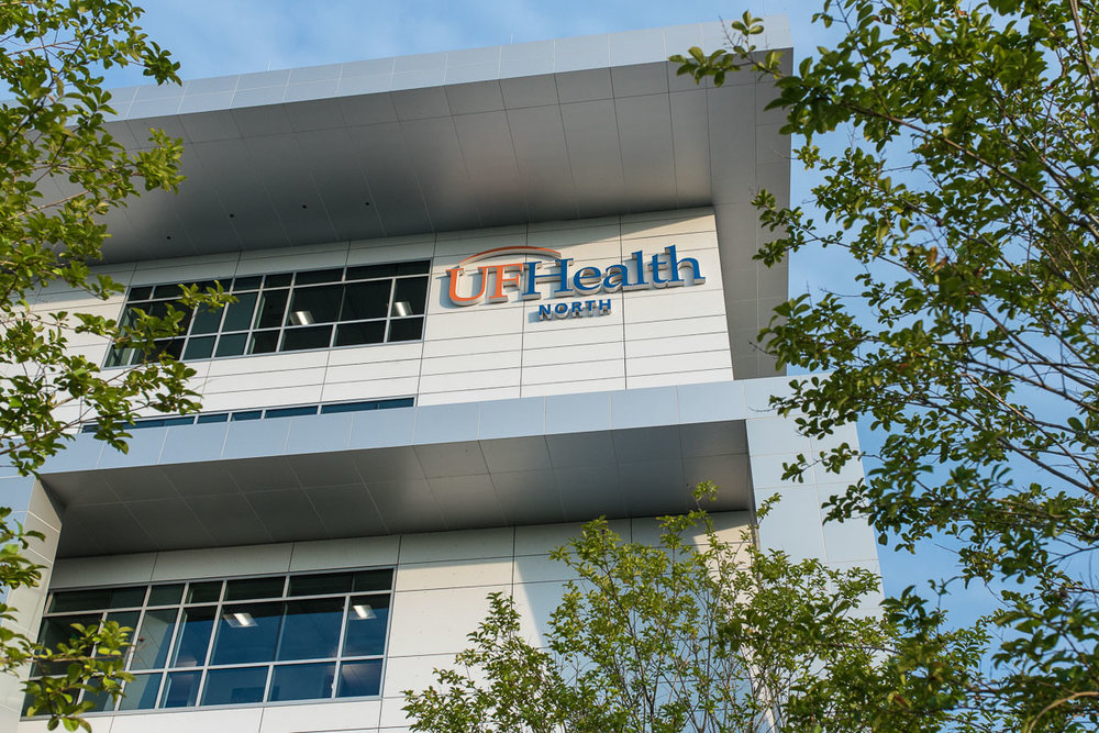 A picture of UF Health North, a hospital in Jacksonville, Florida. It opened in 2017 and is a wonderful option for pregnant moms here in Northeast Florida.