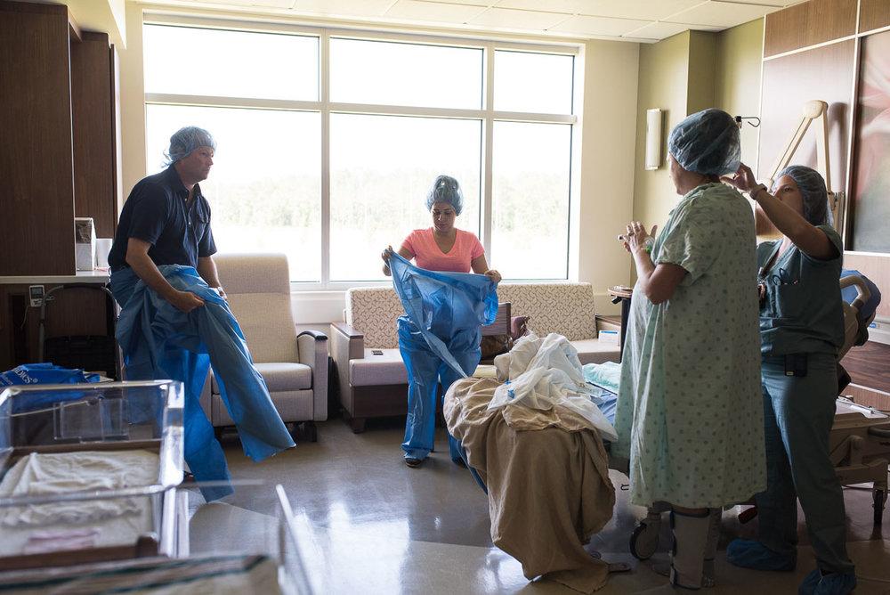 46-UF-Health-North-C-Section-jacksonville-birth-photographer.JPG