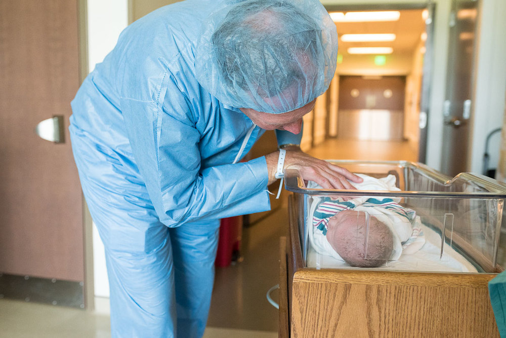 63-UF-Health-North-C-Section-jacksonville-birth-photographer.JPG
