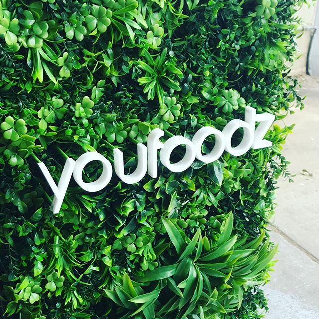 Luxe greenery and acrylic lettering that pops!  We had the absolute pleasure of project managing the construction of this custom made kiosk for @youfoodz  The talented Youfoodz design team came to us with a vision and we helped bring it to life! The Kiosk will now travel across Oz to promote Youfoodz culinary delights! - keep your eyes peeled! . . . . . #popupshop #visualdelight #visualmerchandising #retaildesign #retaildisplay #foodstation #healthyfood #healthyeating #custombuilt #youfoodz #marketingcampaign #ontour #retaildesign #greenwall #popupframe #popupfood #foodtraveller #thestyledgroup #aminiconcepts #visiondesigncreate #signage #acrylicletters