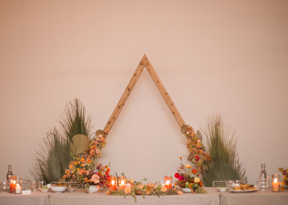 Colorful desert sweetheart table