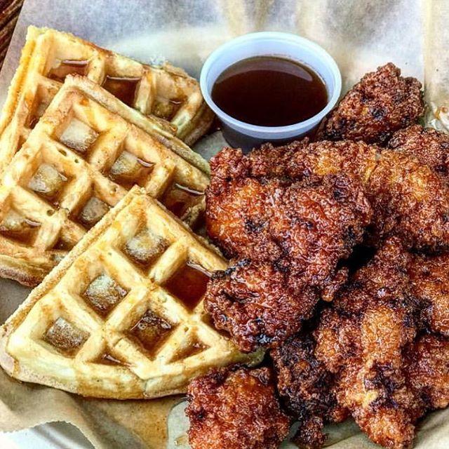 Perfection in a plate - Chicken & Waffles. 🐔 @element7seven #dtsa #element7seven #santaana #mcfaddenpublicmarket
