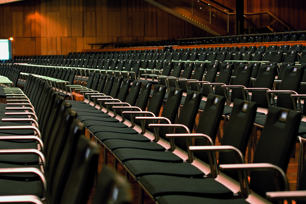 3.Stresemann-auditorium_chair.jpg