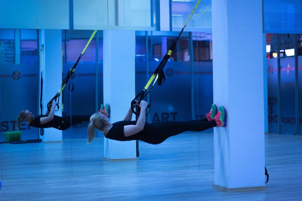 active-adult-aerobics-206573.jpg