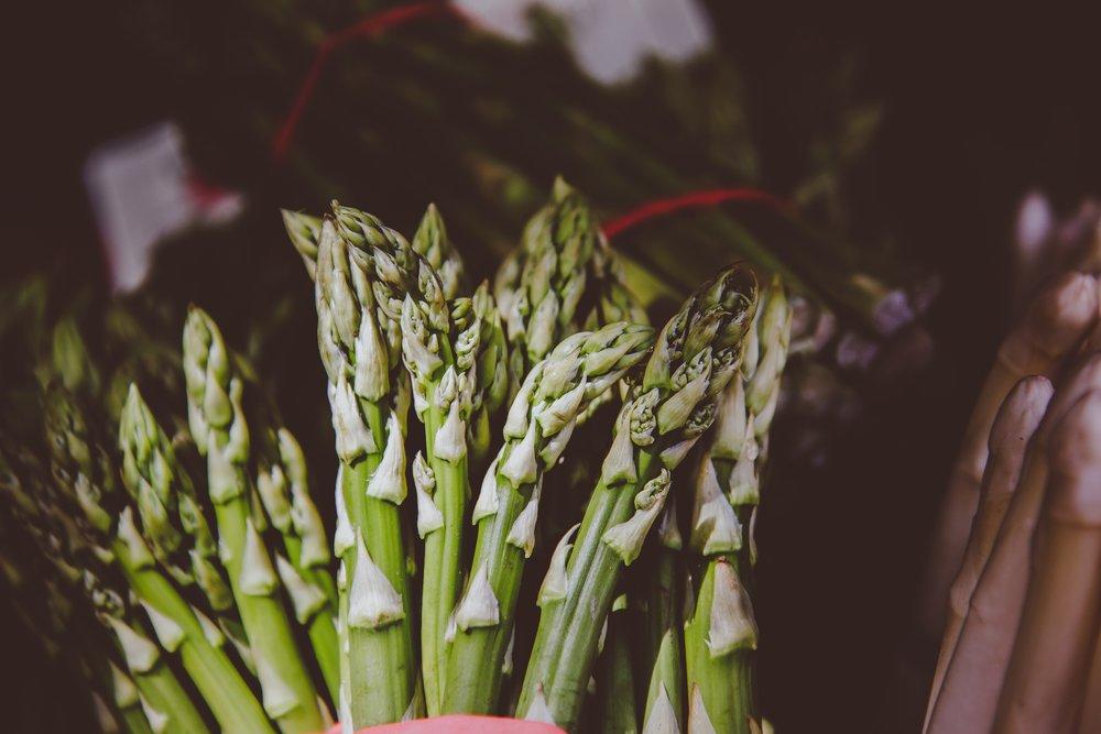 asparagus-blur-outdoors-1118179.jpg