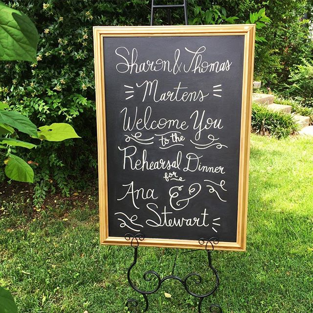 Wedding season is upon us! Do you have all your signs ready? Contact me for your wedding signage needs! 💕🎉✨👰🏼💒 . . . . . . . . . . . . . . #weddingsigns #rehearsaldinner #rehearsaldinnerfun #rehearsaldinners #rehearsal #weddingsign #weddingsignage #weddingsignmemphis #memphiswedding #memphisweddings #memphisweddingsign