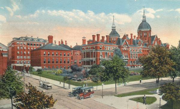 Johns Hopkins Hospital. 1916. Billings Building on right (dome).