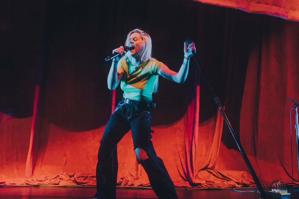 """Pop artist Carlie Hanson has an upcoming EP and recently released """"Goodbye"""" which was featured on the soundtrack for the Netflix original film, """"Sierra Burgess Is a Loser."""" She opened for pop singer Troye Sivan at the Greek Theatre Wednesday. (Dillon Matthew 
