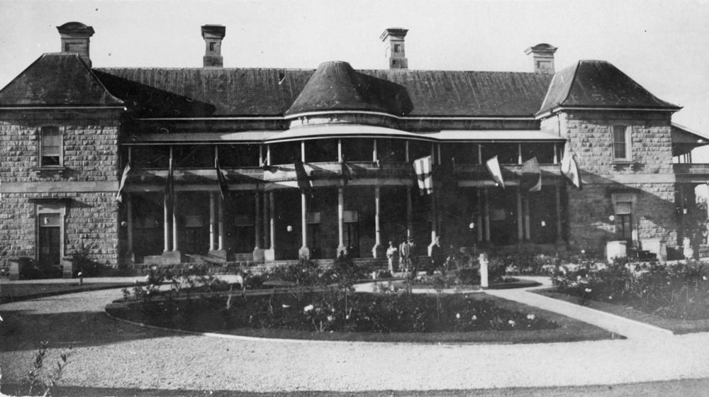View of Jimbour House on Queensland's Darling Downs in 1928, SLQ neg.no. 199262