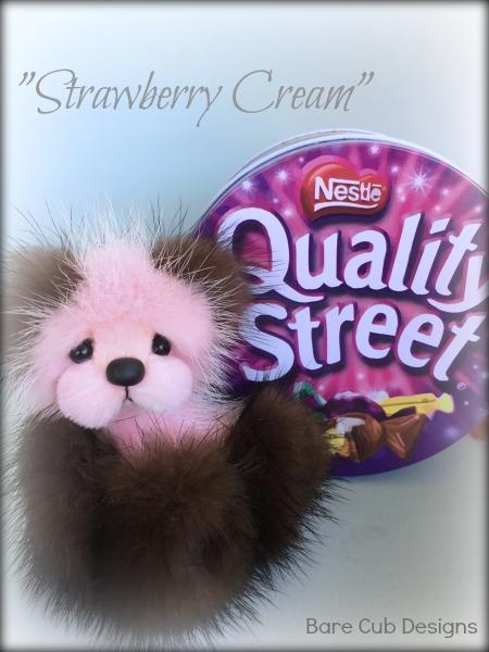 Strawbeary Cream