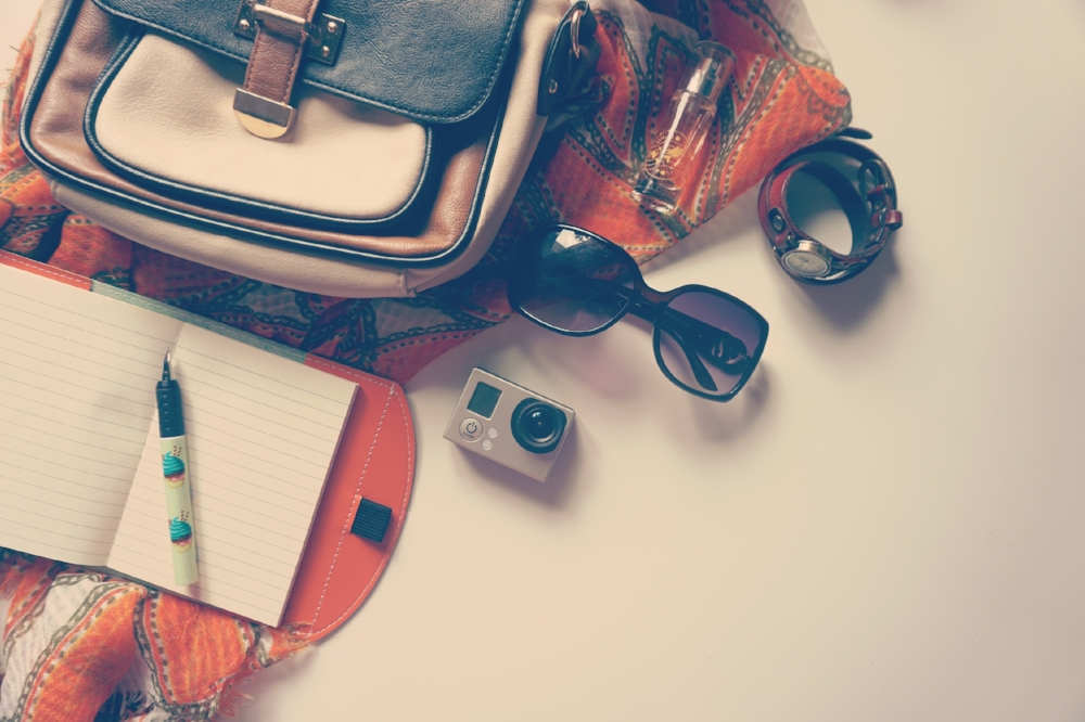 fashion-glasses-go-pro-female-158009.jpeg