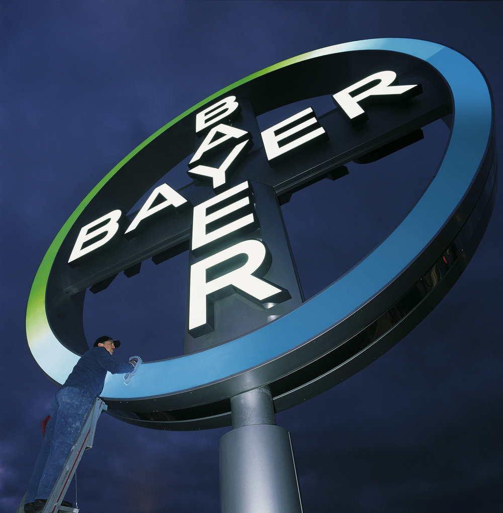 Bayer_Cross_1.jpg