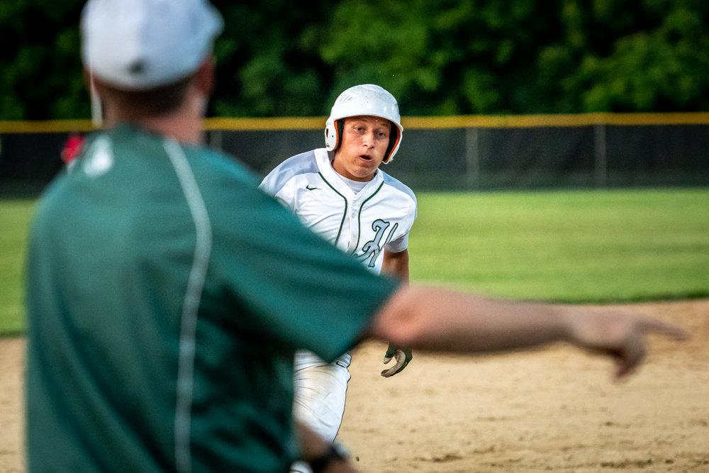 Hale V Baseball-3.jpg